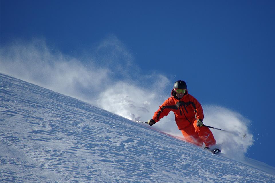 Ski alpin et snowboard slide 01