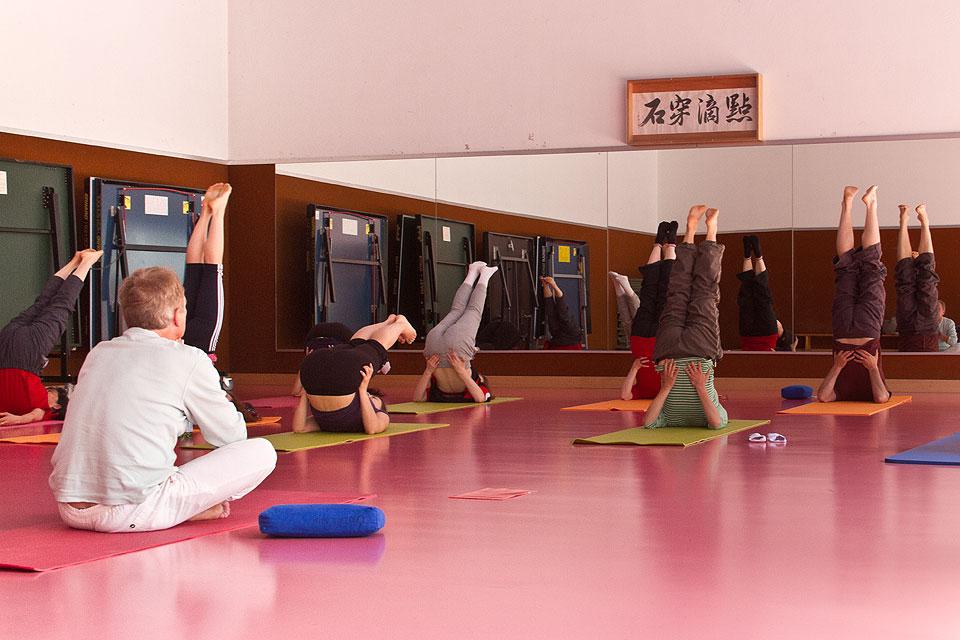Yoga slide 02